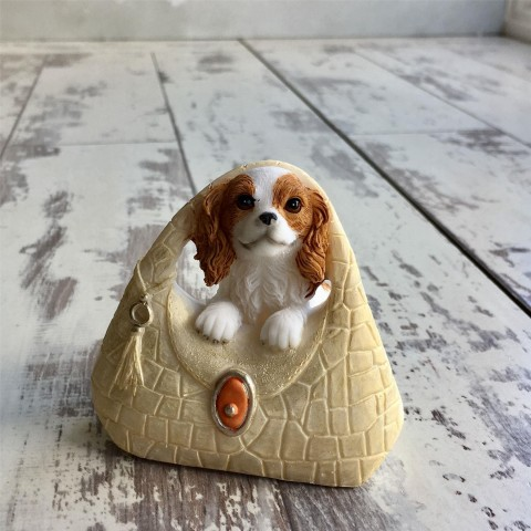 Spaniel on Hangbag Dog Ornament