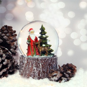 Woodland Santa Musical Snow Globe