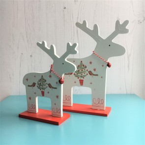 Set of White Wooden Reindeer