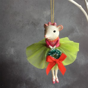 Ballerina Mouse With Wreath